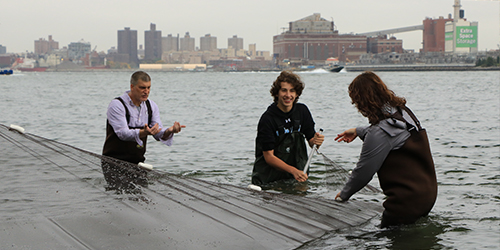 Students Become Hudson River Estuary Scientists for a Day Article Thumbnail Image
